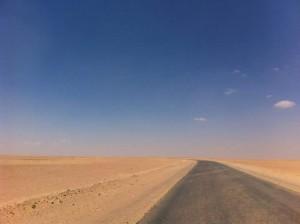 Carretera de camino a los campamentos saharauis.